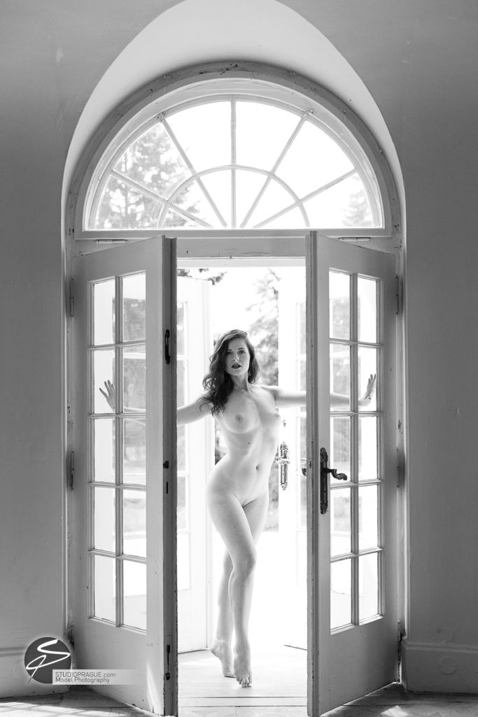 Art & Glamour Nude Models - StudioPrague Photography - Client Work - Selection - 013