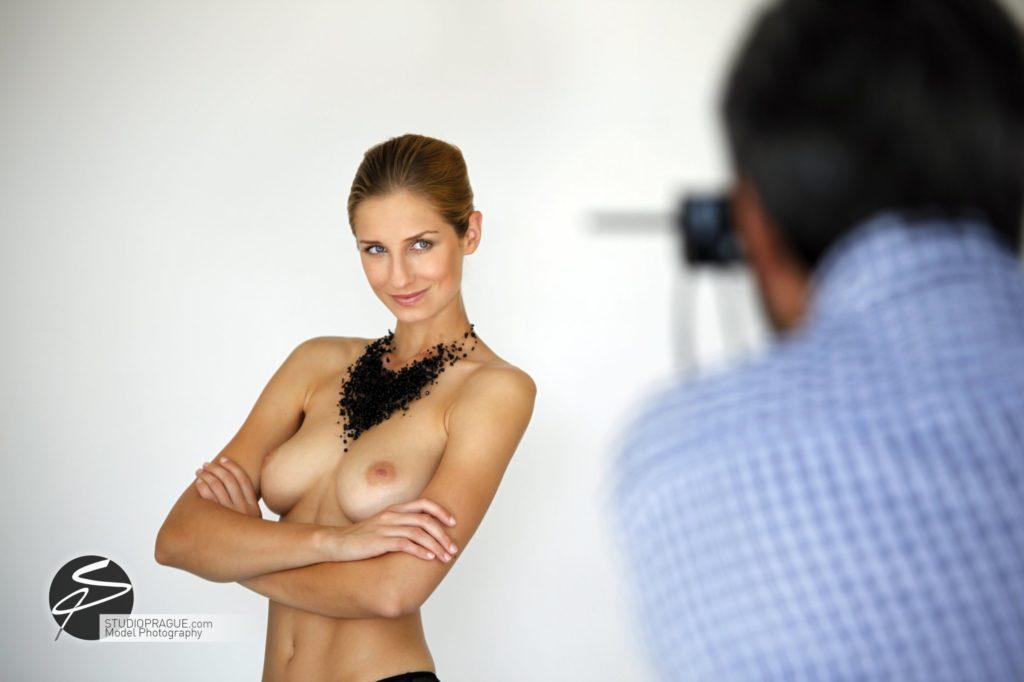 Nude & Glamour Photography Courses In Prague - StudioPrague & Dan Hostettler Photo Workshops - Behind The Scenes - B2 - 020