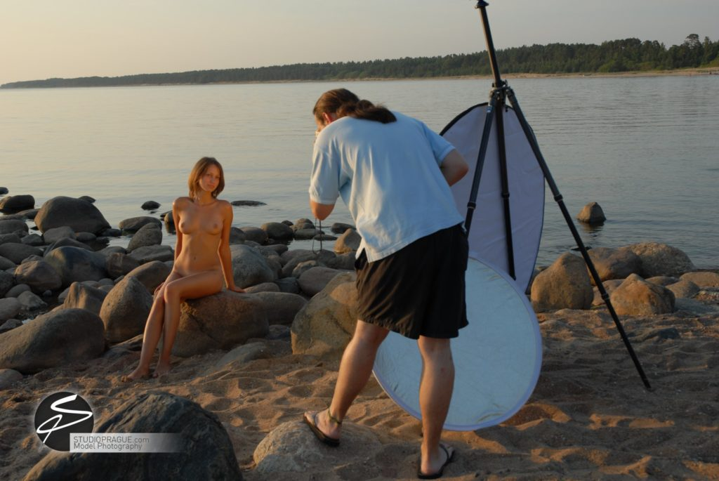 Behind The Scenes Impressions - Glamour Model Productions & Nude Photography Workshops - Outdoor Photography Dan Hostettler - 002