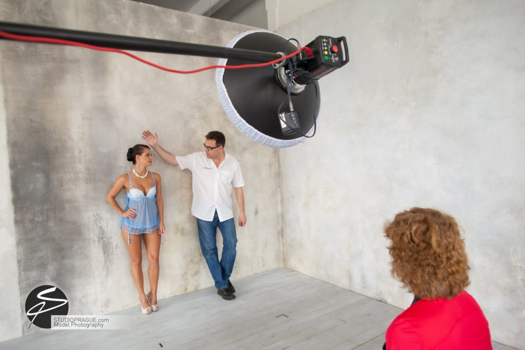Behind The Scenes Impressions - Model Productions & Nude Photography Workshops - Dan Hostettler - 082